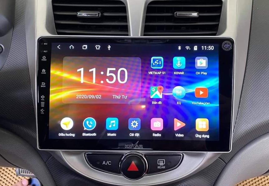 Có nên độ màn hình Android cho ô tô không?